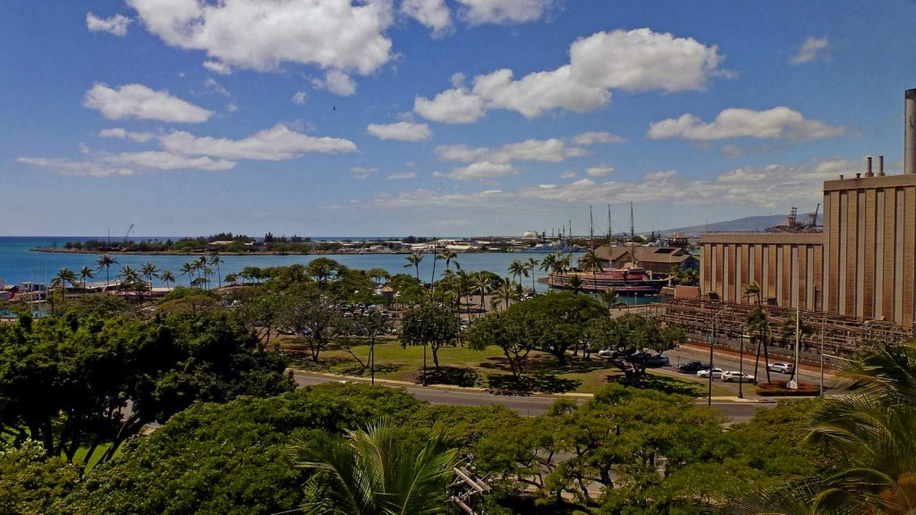 View of Honolulu, one of the must see things to do on your Oahu travel plans.